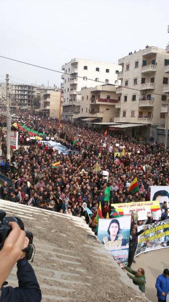 Image result for Yüz bine yakın insan Afrin kent merkezinde