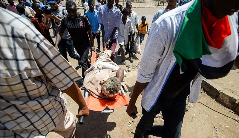 Sudan'da ordu halka ateş açtı: 5 ölü
