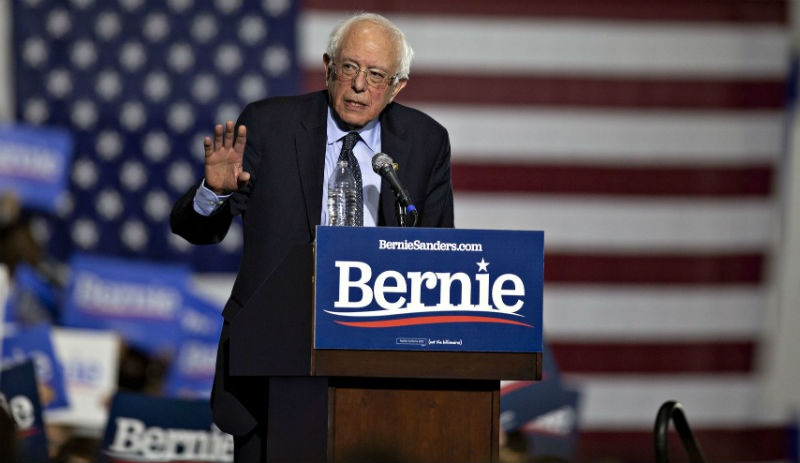 Bernie Sanders UFO ile ilgili görsel sonucu